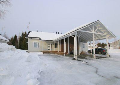 Pt, 4h + k + s + khh + ak 121,5 m², Laurinkuja 8, Tornio