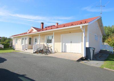 Okt, 4mh + oh + k + s + khh 133/179 m², Soratie 8, Tornio