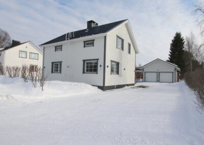 Okt, 3mh+k+oh+kellarikerros 170/269 m², Hannulankatu 3, Tornio